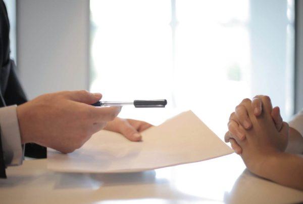Le clausole del contratto di lavoro